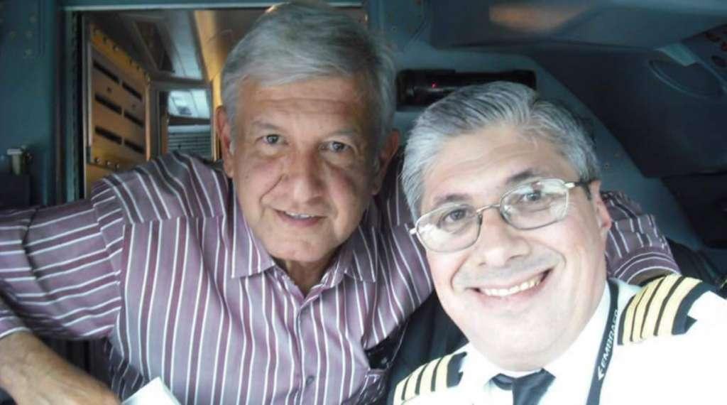 Piloto Lopez Obrador