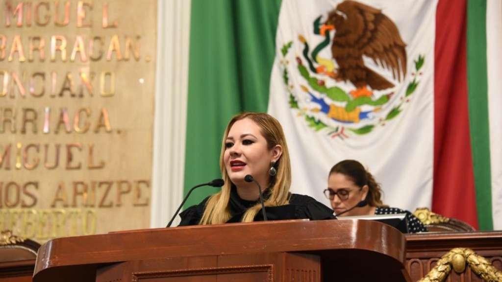 diputada-congreso-ciudad-mexico-teresa-ramos-mascotas-animales-compania-sanciones-secuestro