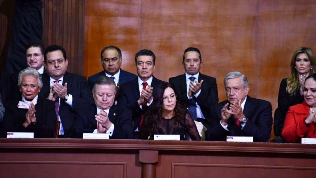 amlo-reformas-constitucion-programas-sociales-apoyos-gobernador-queretaro-francisco-dominguez