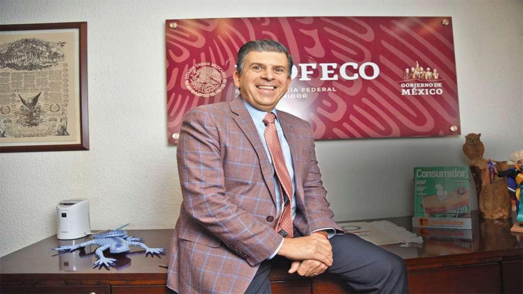 El titular de la dependencia, Ricardo Sheffield Padilla, informó que esperan recaudar mil 500 millones de pesos por multas. Foto: Daniel Ojeda