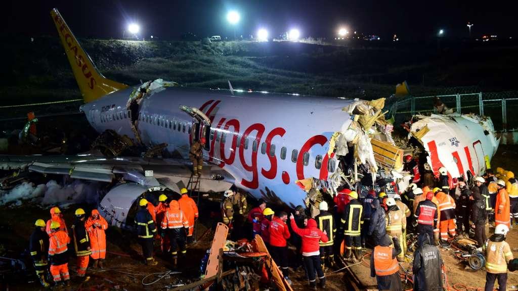 avion estambul muertos
