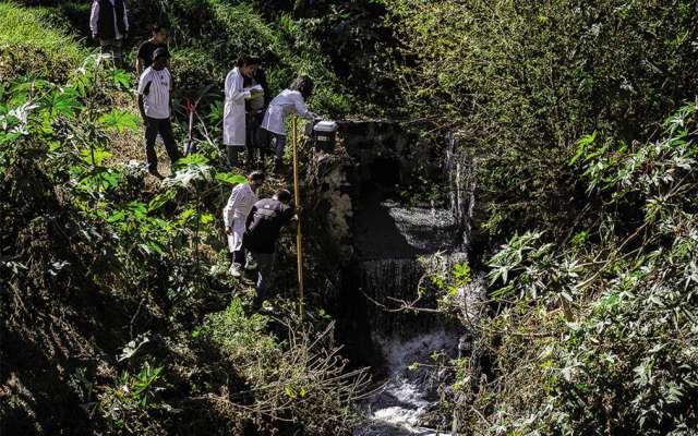 MUY TÓXICO. Se calcula que desde 1960, las aguas del río Atoyac comenzaron a ser contaminadas. Foto: Especial