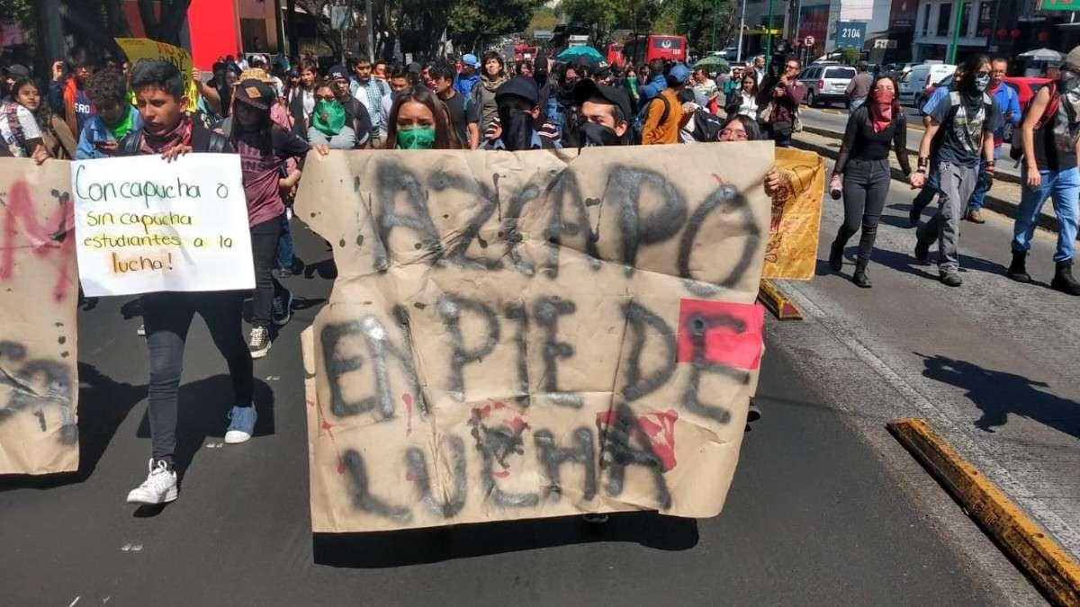 marcha-cch-azcapotzalco-rectoria-unam-manifestantes-estudiantes-alumnos-insurgentes-sur-parque-la-bombilla