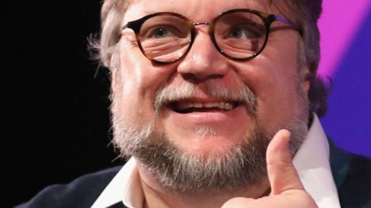 Guillermo Del Toro felicita director Parasitos