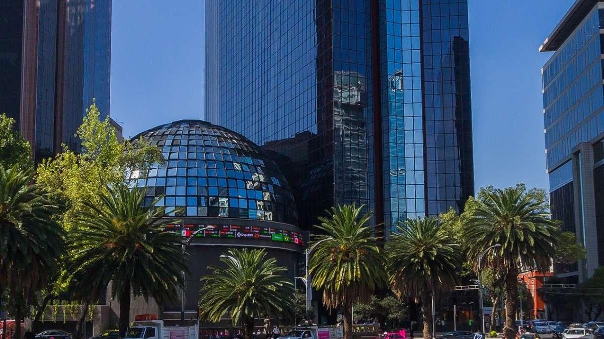 bolsa-mexicana-valores-coronavirus-tipo-cambio-peso-dolar-mercados-financieros-economia-sesion-11-febrero-apertura