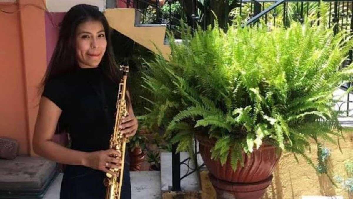 saxofonista maria elena rios capaña desprestigio