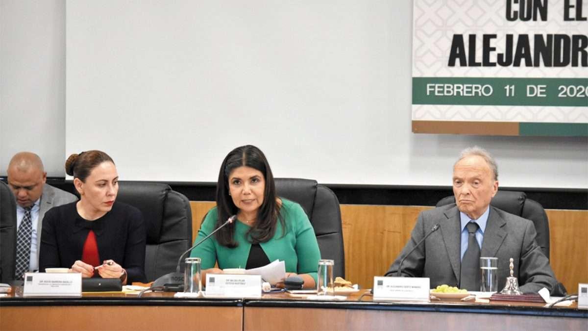 AGENDA. El fiscal y las diputadas se comprometieron a entregar el proyecto final antes de marzo. Foto: Especial