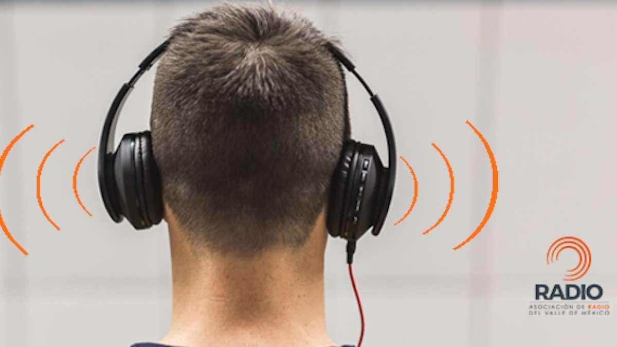 dian-mundia-radio