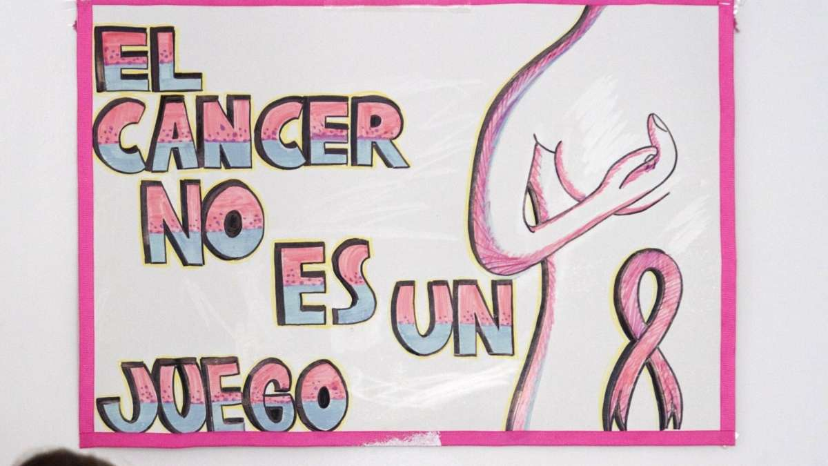 padres-niños-cancer-manifestacion-accion-legal-amparos