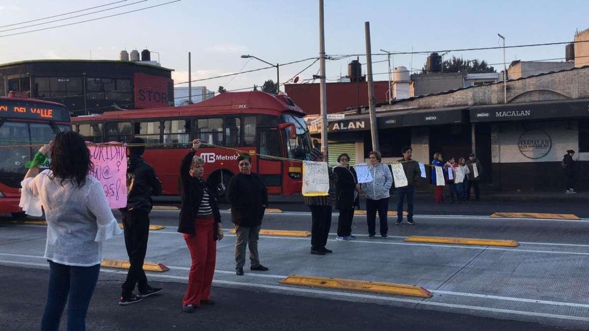 Vecinos fueron agredidos por elementos de la SSC. Foto: Daniel Magaña