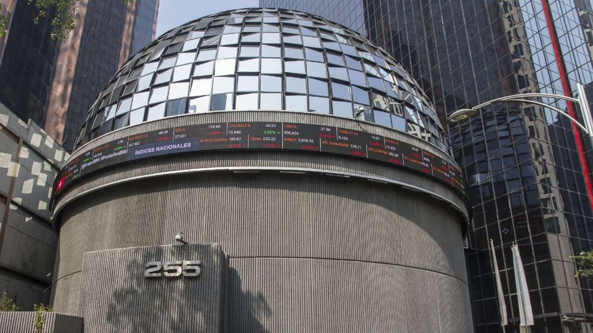 bolsa-mexicana-valores-cierre-sesion-17-febrero-tipo-cambio-peso-dolares-china-mercados-financieros