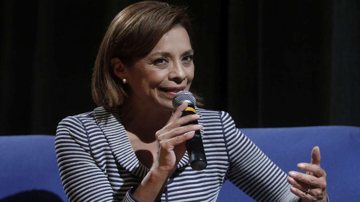 La senadora Josefina Vazquez Mota habla sobre feminicidios en Mexico