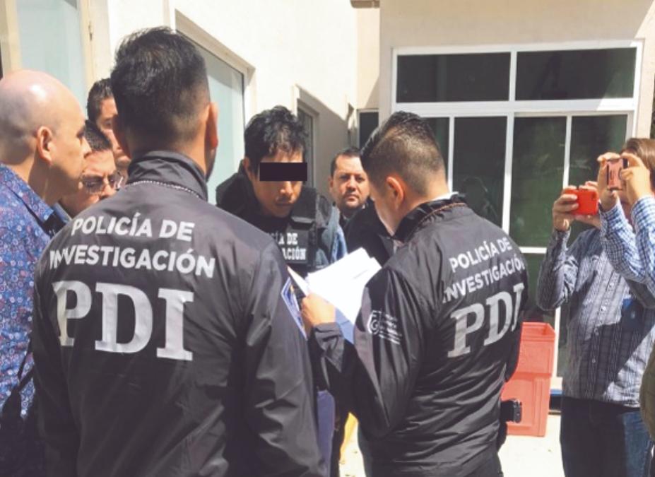 BAJO LA LUPA. Elementos del Grupo Especial de Reacción e Intervención custodiaron el traslado de los acusados. Foto: EFE