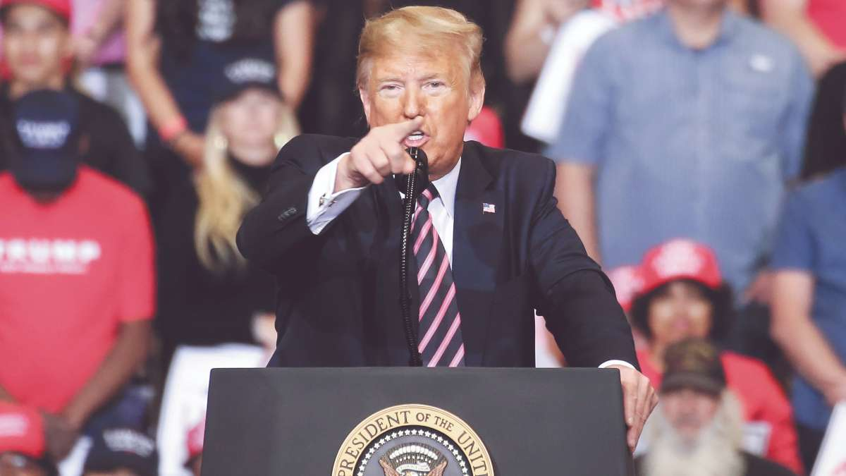 """ENOJO. Trump dijo que el informe es una """"farsa"""". FOTO: AFP"""