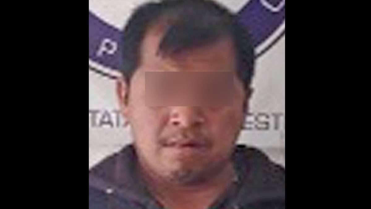 hombre Puebla viola hijas