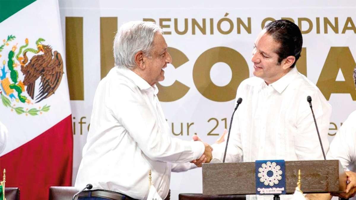 CELEBRAN SU LABOR. El Presidente de México reconoció su trabajo. Foto: Especial