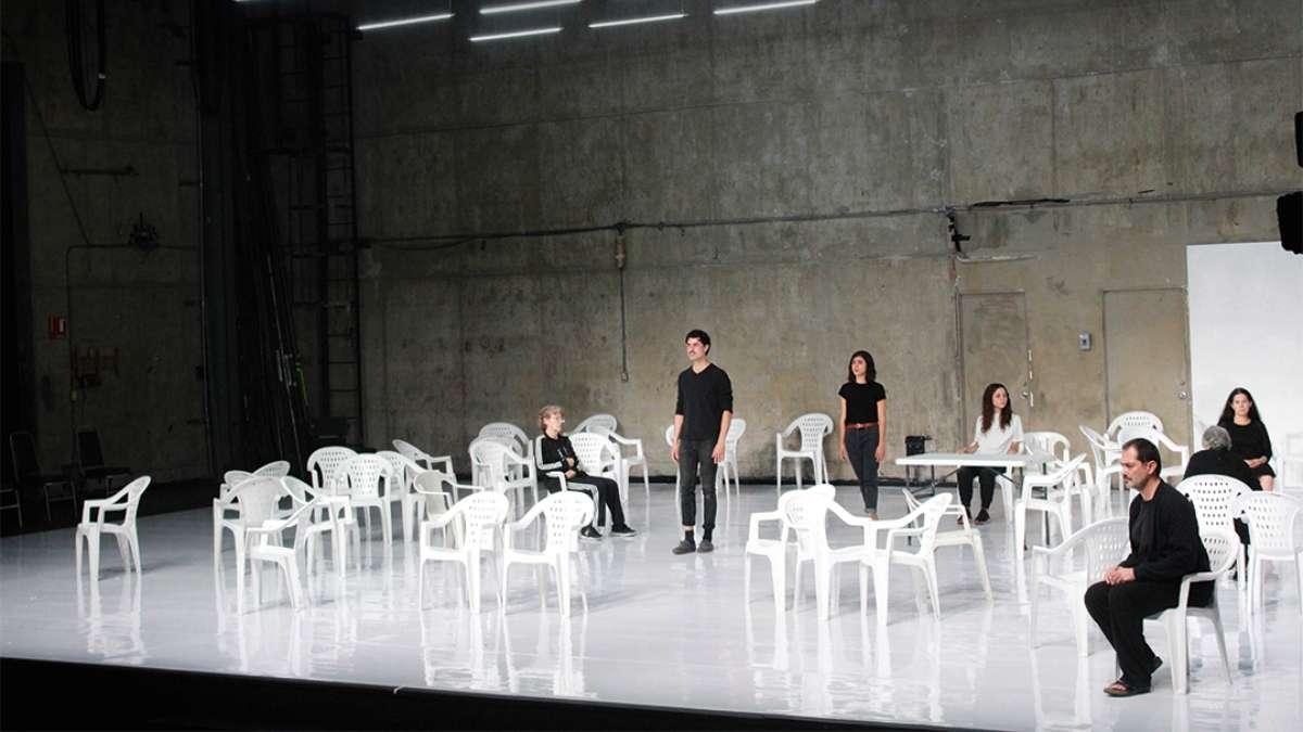OTRA OBRA. La propuesta Vórtice se presenta hasta el 14 de marzo, en el Teatro Santa Catarina. Foto: Cortesía Cátedra Bergman
