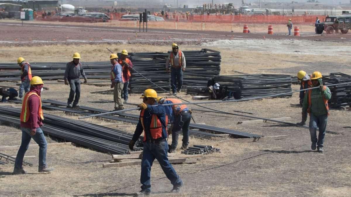 El salario de los obreros se redujo un 8.6 por ciento. Foto: CUARTOSCURO