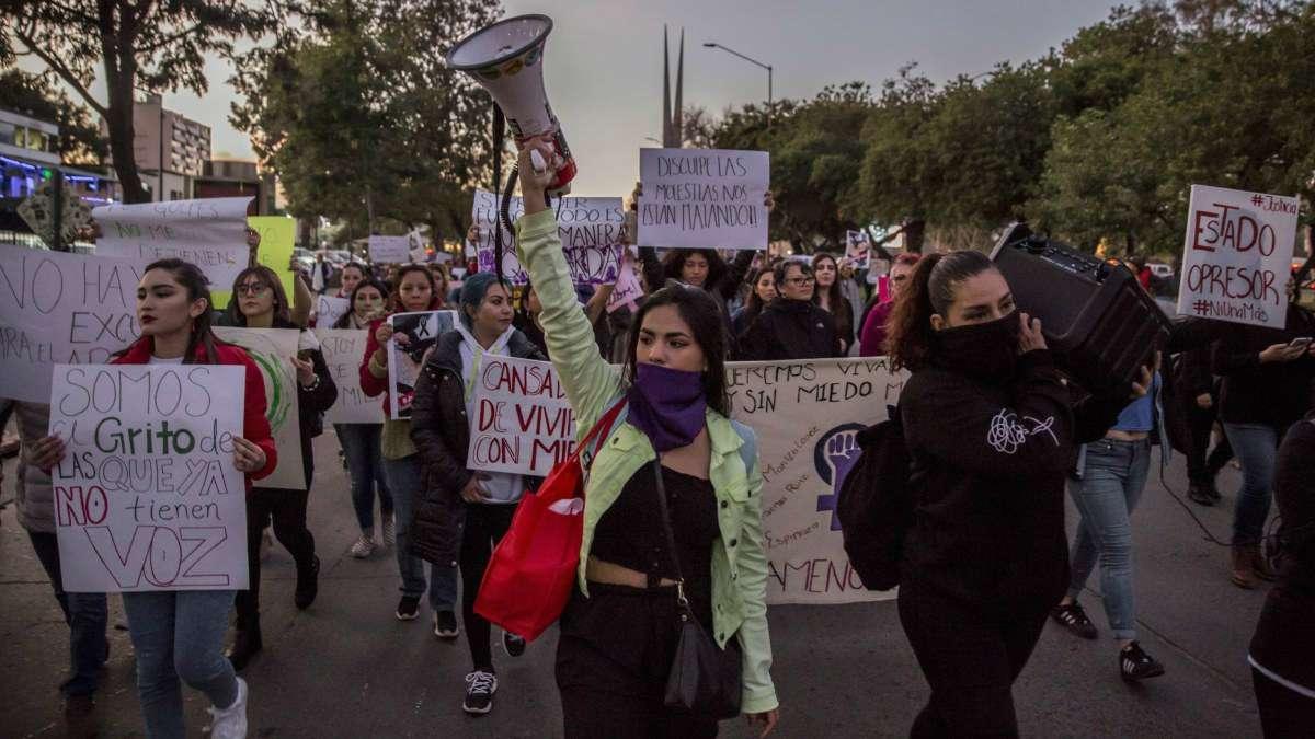 mujeres manifestacion dia sin mujeres