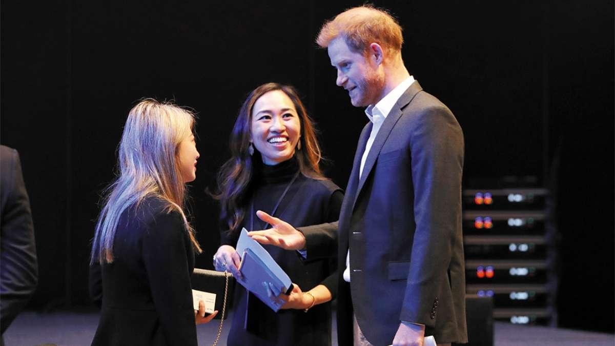 EDIMBURGO. El Duque de Sussex participó ayer en una cumbre de turismo sostenible. Foto: AFP