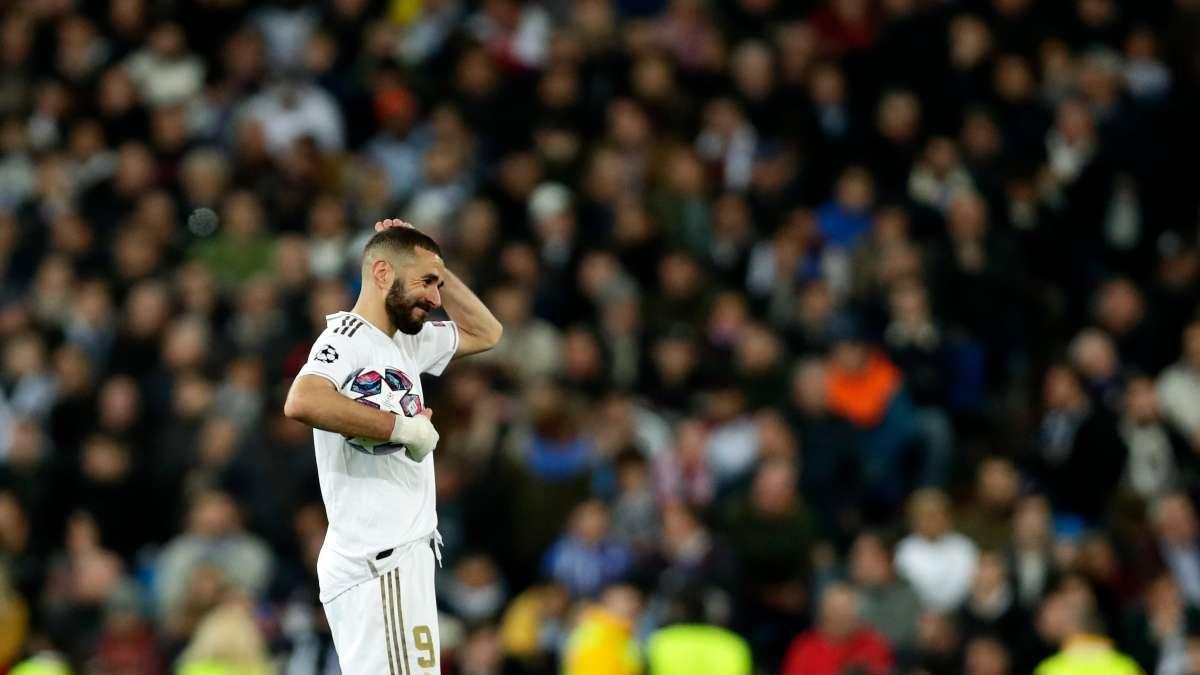 Karim Benzema reacciona durante la Liga de Campeones, octavos de final, partido de fútbol de ida entre el Real Madrid y el Manchester City. Foto: AP