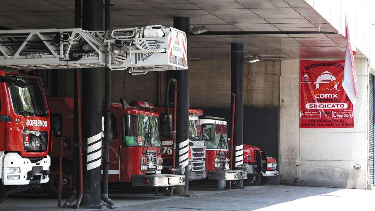 DAÑO. Pérez Cova subrayó que los vehículos cisterna presentan deficiencias. Foto: Staff
