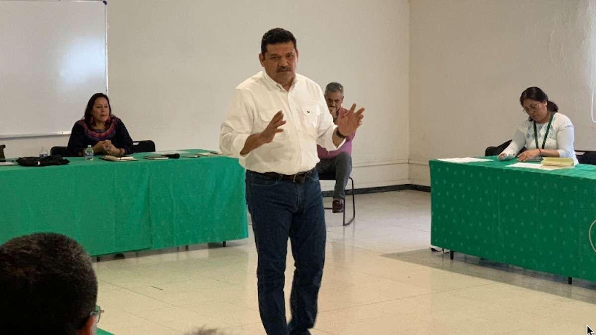 Javier May Rodríguez durante reunión. Foto: Especial