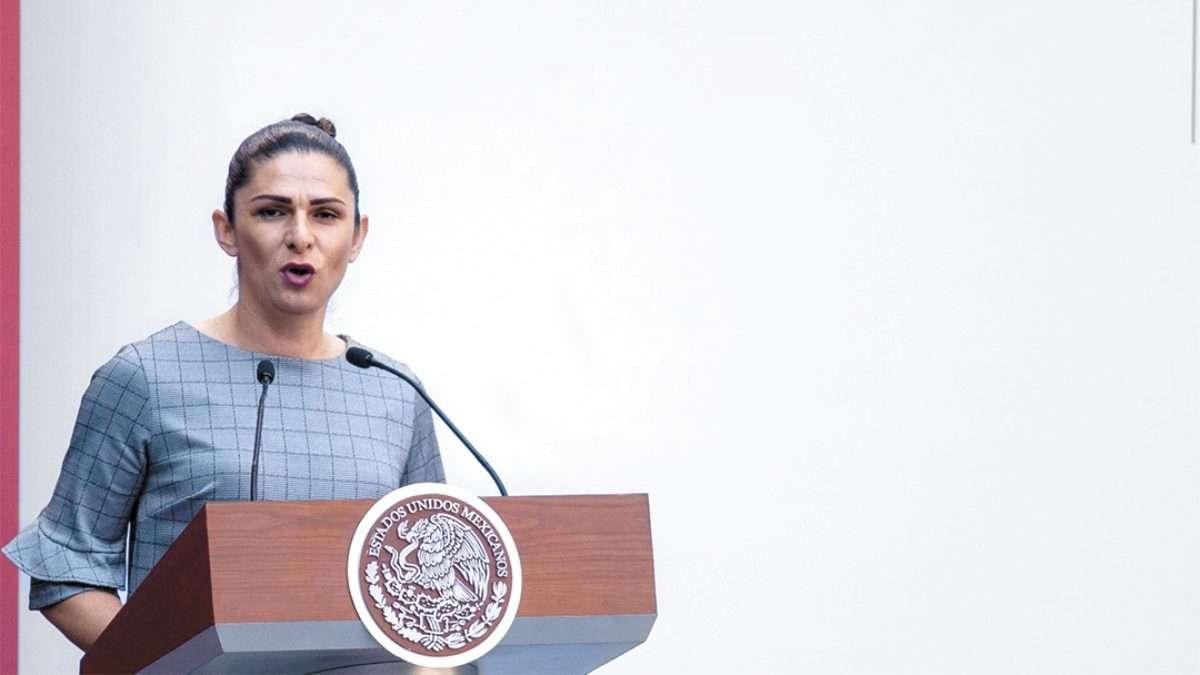 MOLESTA. La ex medallista olímpica mostró su enojo en Palacio Nacional. Foto: CUARTOSCURO