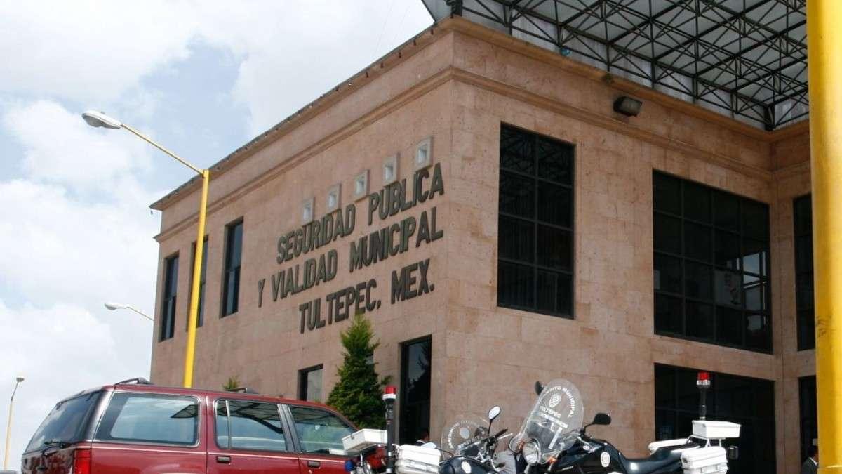 tultepec-estado-mexico-policia-detenido-agresion-pareja-