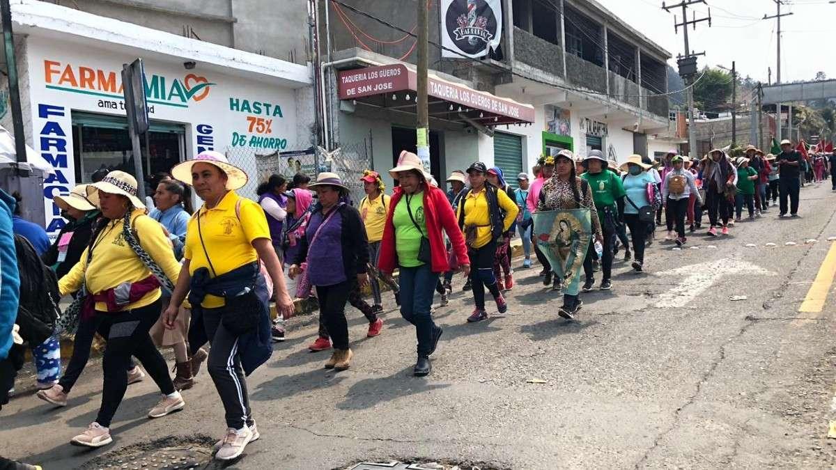 peregrinos cuajimalpa adrian rubalcava basilica guadalupe