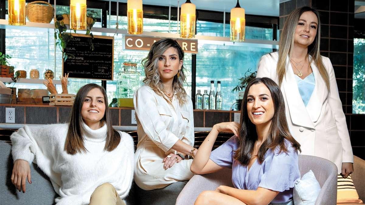 Marisol de la Fuente, Annie Calcáneo, Geraldine José y Belén Limón han adoptado un papel social en el marketing digital. Foto: Especial