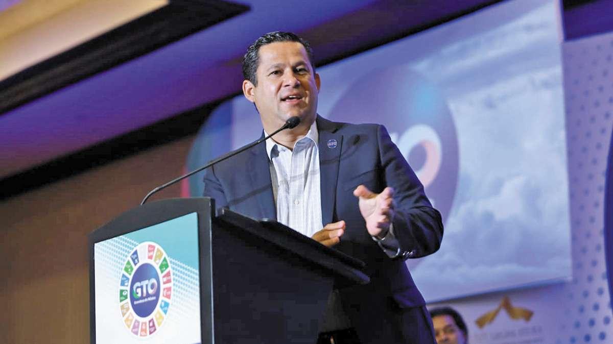 DESARROLLO. Diego Sinhue Rodríguez destacó el combate a la probreza en la entidad. Foto: Especial