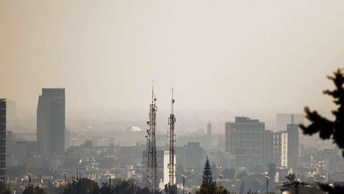 Las capitales grandes tienen un grave problema para mantener un ambiente libre de contaminantes. Foto: CUARTOSCURO