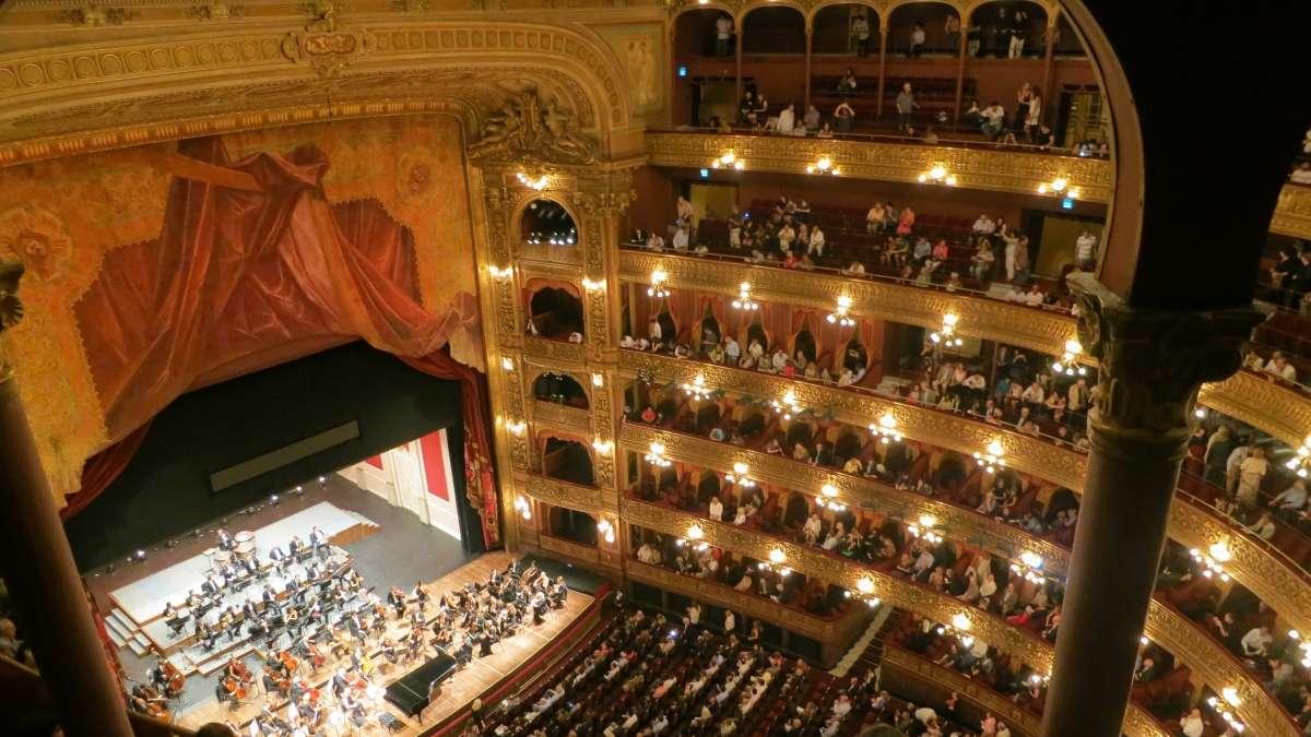 Disfruta de la Ópera de Viena desde tu casa
