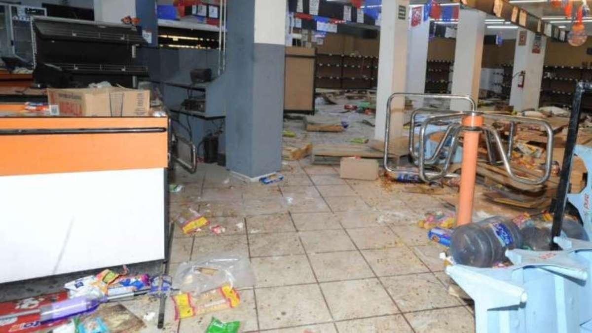 Se han registrado saqueos en Tecamac, Ecatepec y en Chalco, en el Estado de México FOTO: CUARTOSCURO