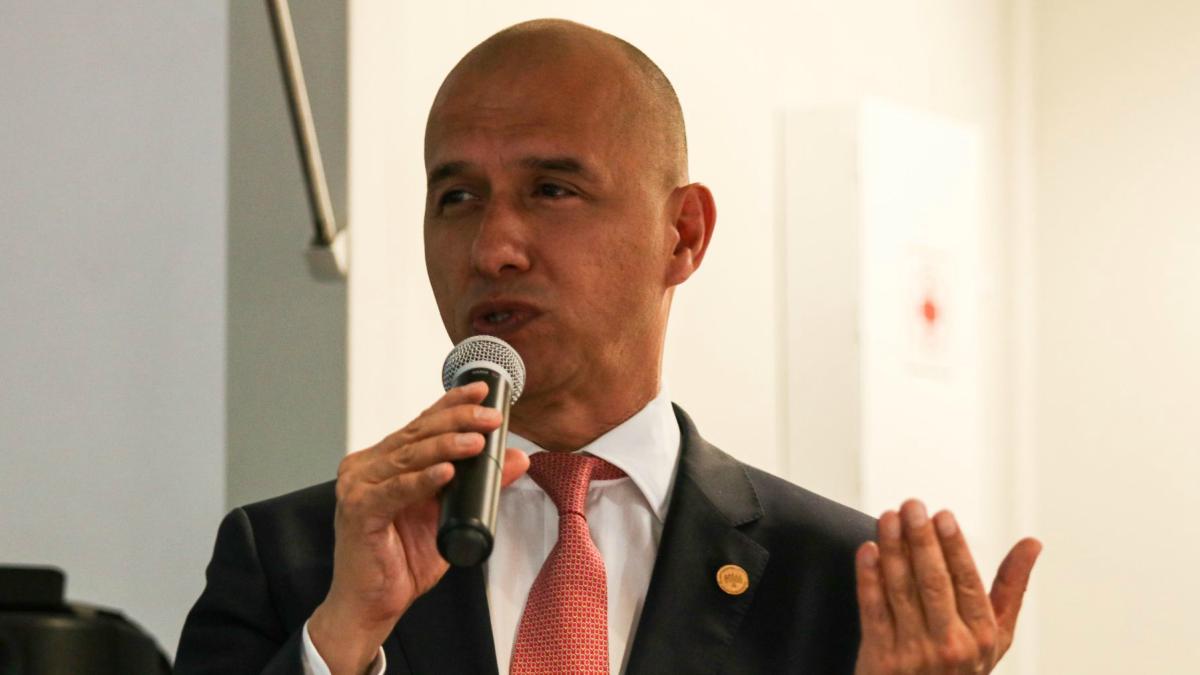 Salvador Guerrero Chipres habla sobre ayuda psicologica a ciudadanos mexicanos por coronavirus