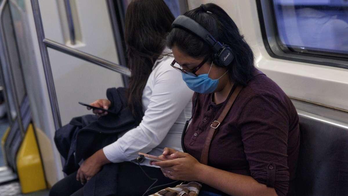 Cubrebocas de tela y otras alternativas no detienen al virus FOTO: CUARTOSCURO
