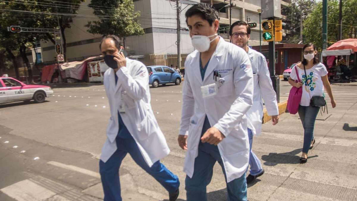 medicos cuanto ganan mexico salud covid 19