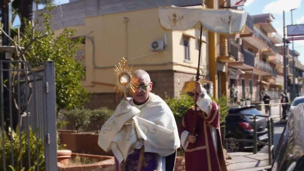 4 sacramentos han modificado la iglesia. Foto: Especial