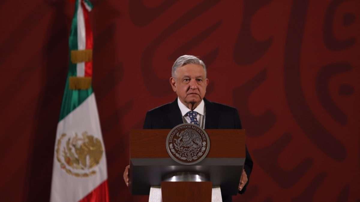 PASO FIRME. López Obrador recordó que son 15 los consorcios bajo la lupa del SAT. Foto: Víctor Gahbler