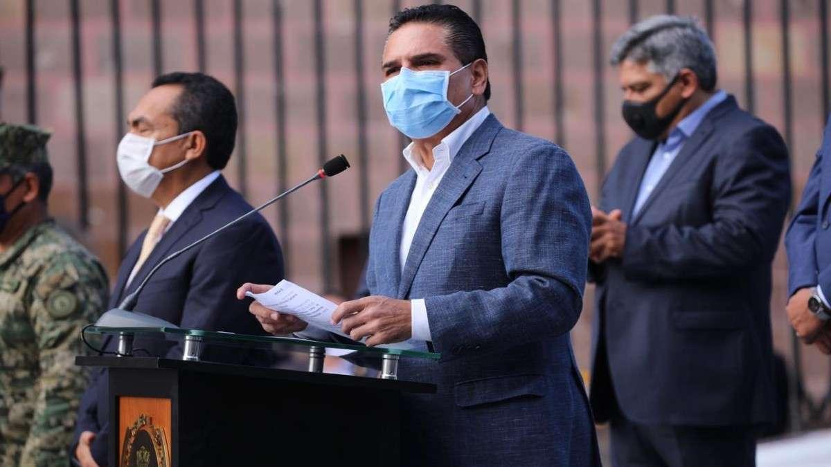 silvano aureoles patrullas entrega michoacan seguridad contingencia sanitaria