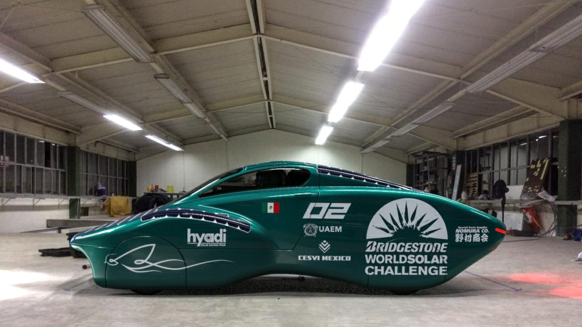 A team of 50 students from the Autonomous University of the State of Mexico (UAEM) designed the prototype of a car that runs on solar energy, with whi