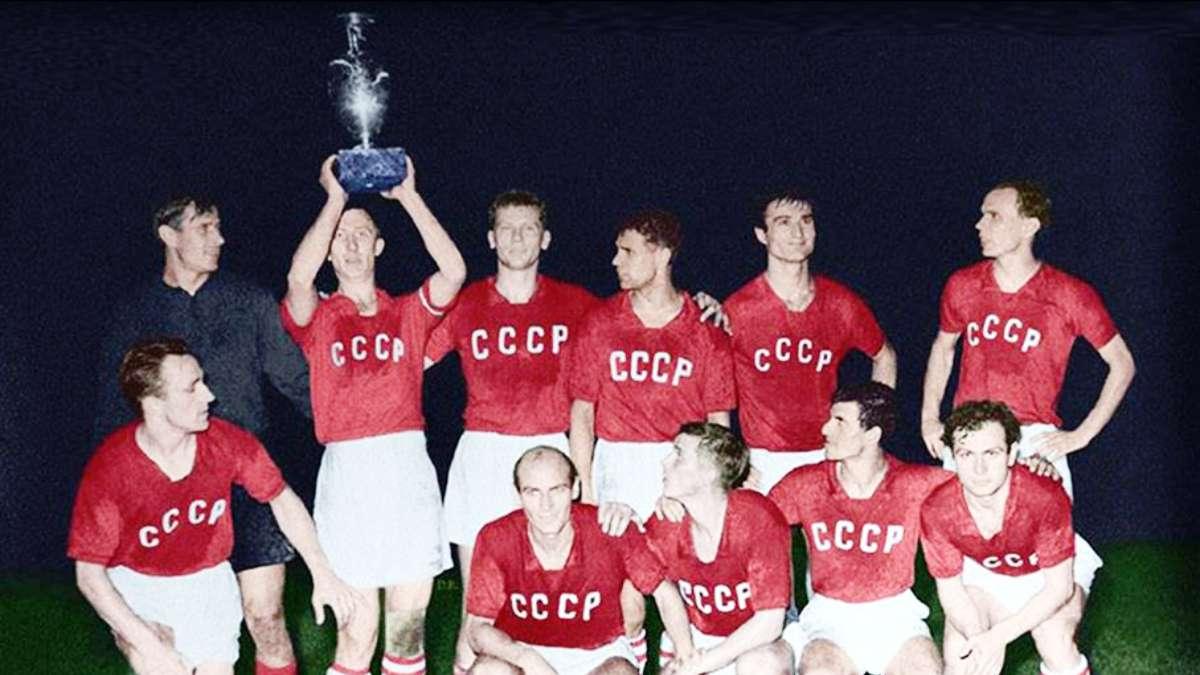 El conjunto de la Selección de la URSS en la Eurocopa. Foto: Especial