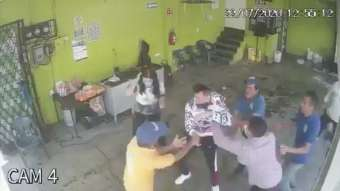 They hit_ robbery_thief_delincunity_justice_proper_hand_viral_video