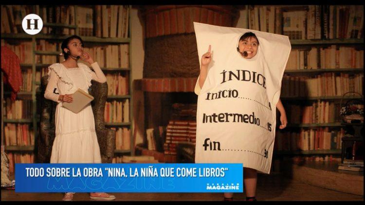 Nina-la-niña-come-libros