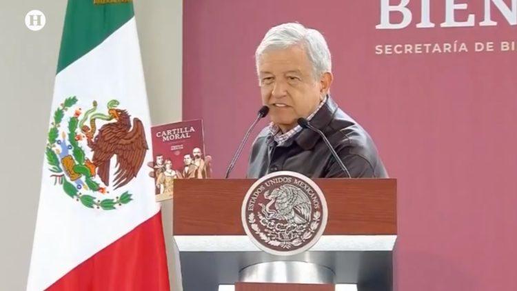 López-Obrador-Cartilla-Moral-Noticias-de-la-noche