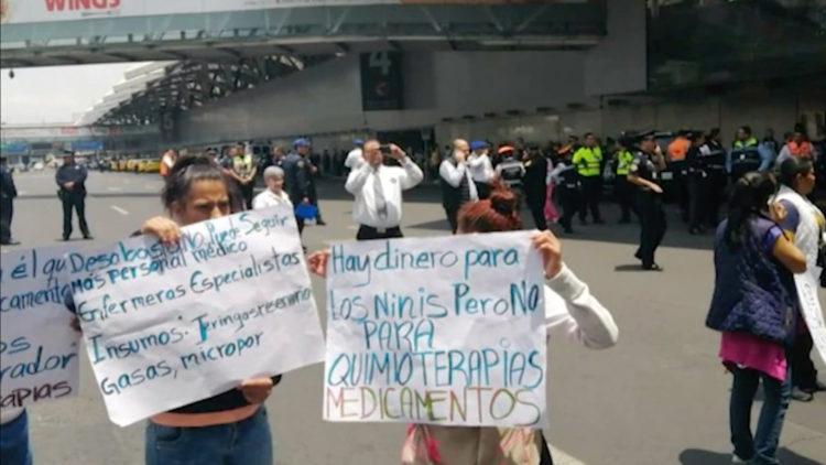 Cáncer medicamentos aeropuerto bloqueos