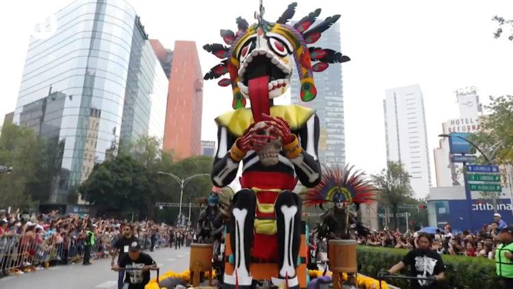 Desfile Internacional del Día de Muertos