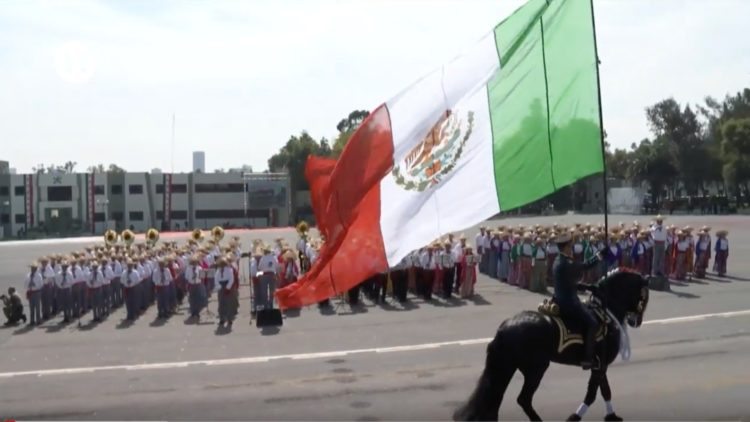 Desfile militar 20 noviembre