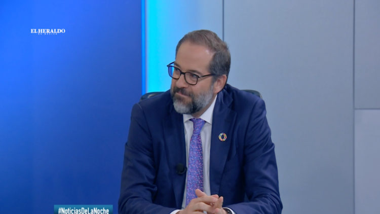 Jose Ignacio Peralta gobernador Colima PRI seguridad feminicidios nacrotrafico Estados